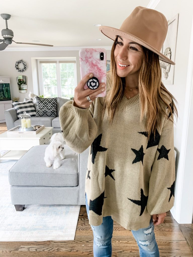 Amazon Haul August by top US fashion blog, House of Leo Blog: image of woman wearing PRETTYGARDEN star sweater
