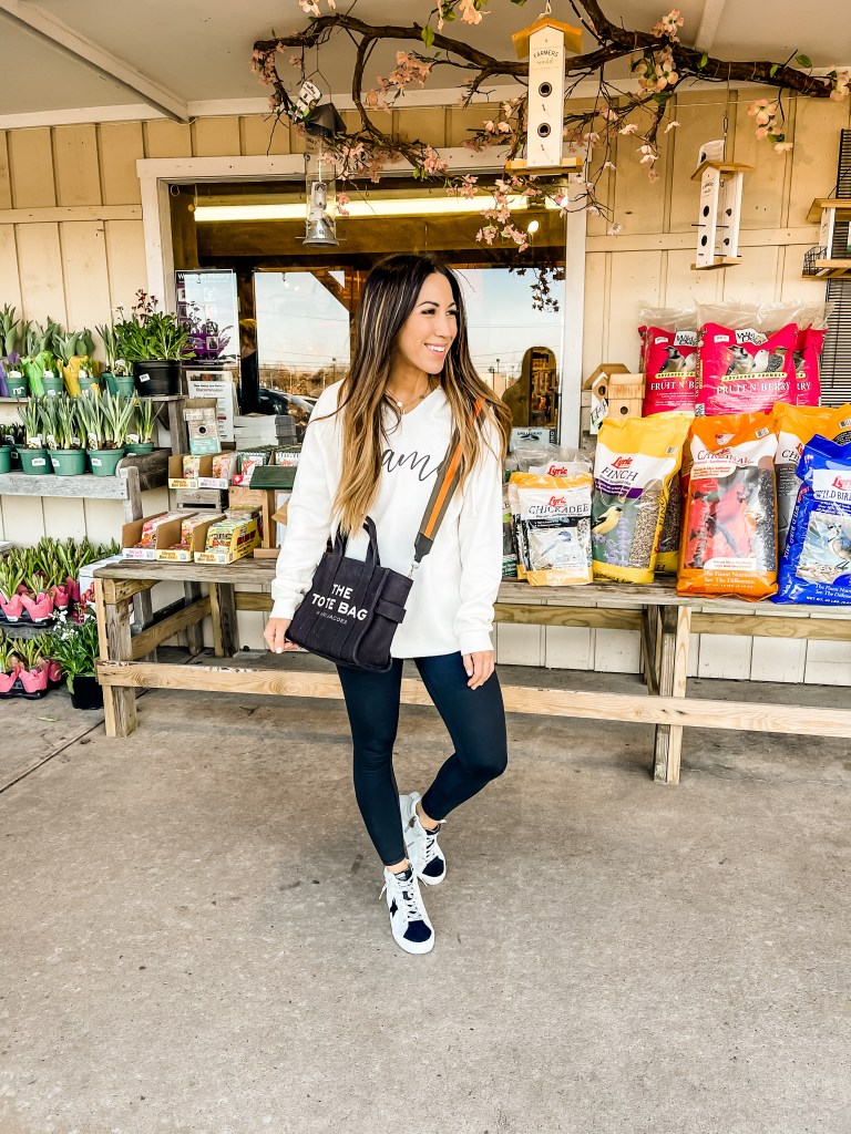 Early Spring Instagram Roundup by top US fashion blog, House of Leo Blog: early spring Instagram roundup, image of black marc jacobs tote bag