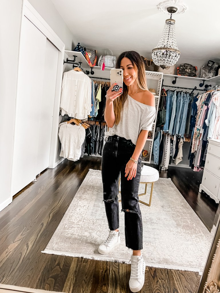 August Shopping Cart Reveal by top US fashion blog, House of Leo Blog: August shopping cart reveal, image of black abercrombie jeans
