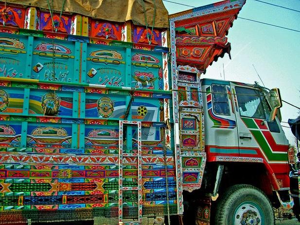Paksitani_truck_art, truck_art_from_pakistan, traditional_pakistani_art, pakistani_trucks