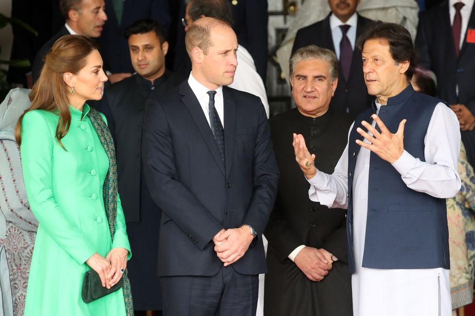 pm meeting, imran khan, prime minister, residence, bani gala