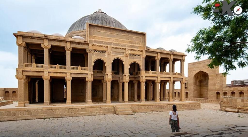 Jam Nizamuddin, Samma Dynasty, monuments in Pakistan