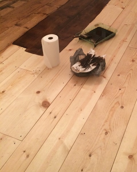 Inexpensive pine wood flooring
