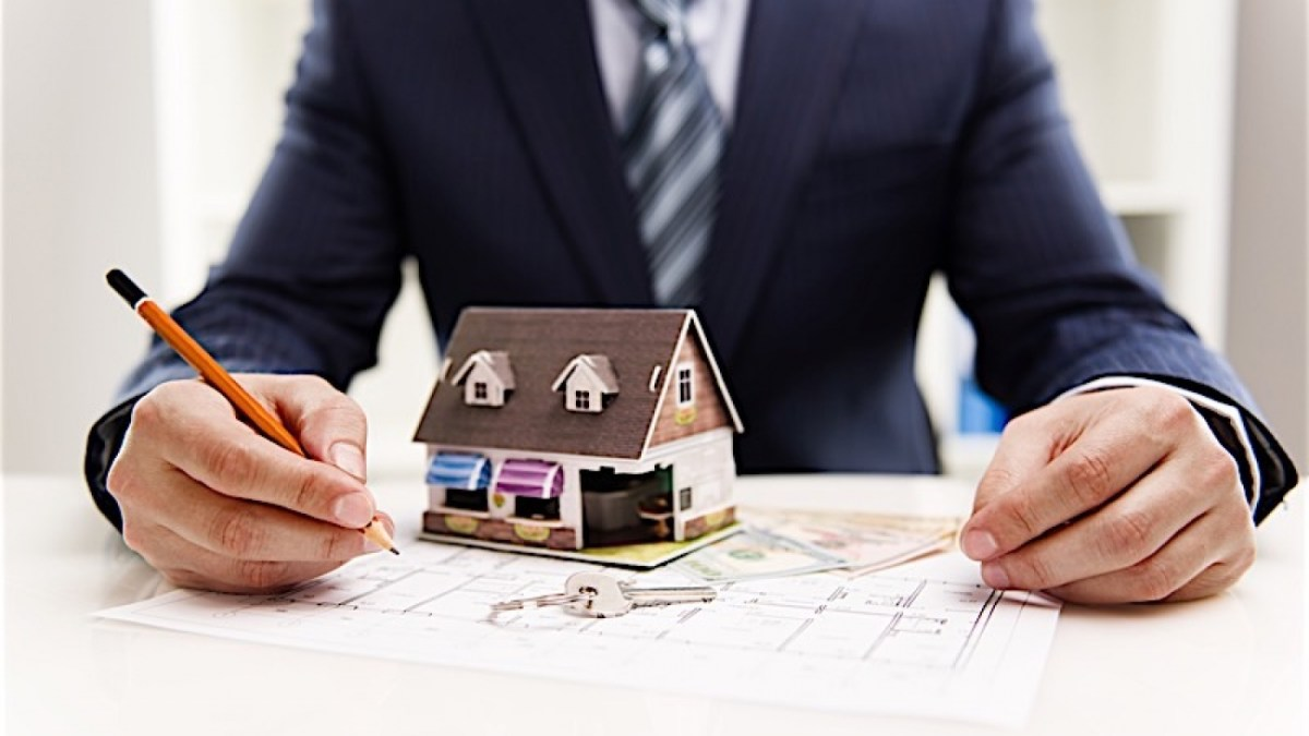 10 Habits of Successful Real Estate Investors