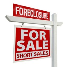 What is a short sale? What is a foreclosure? How are they different?