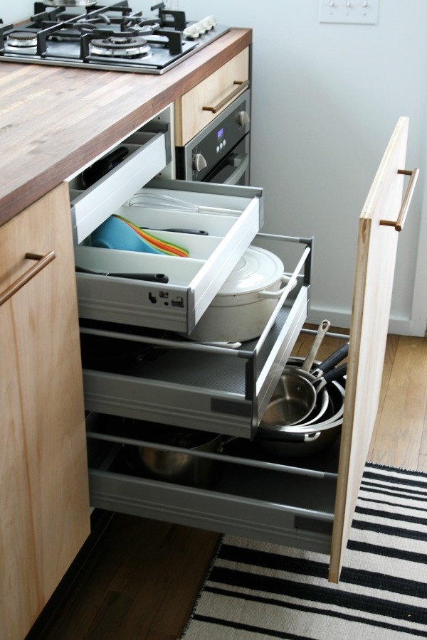 space saving kitchen 1