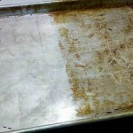 clean kitchen baking tray