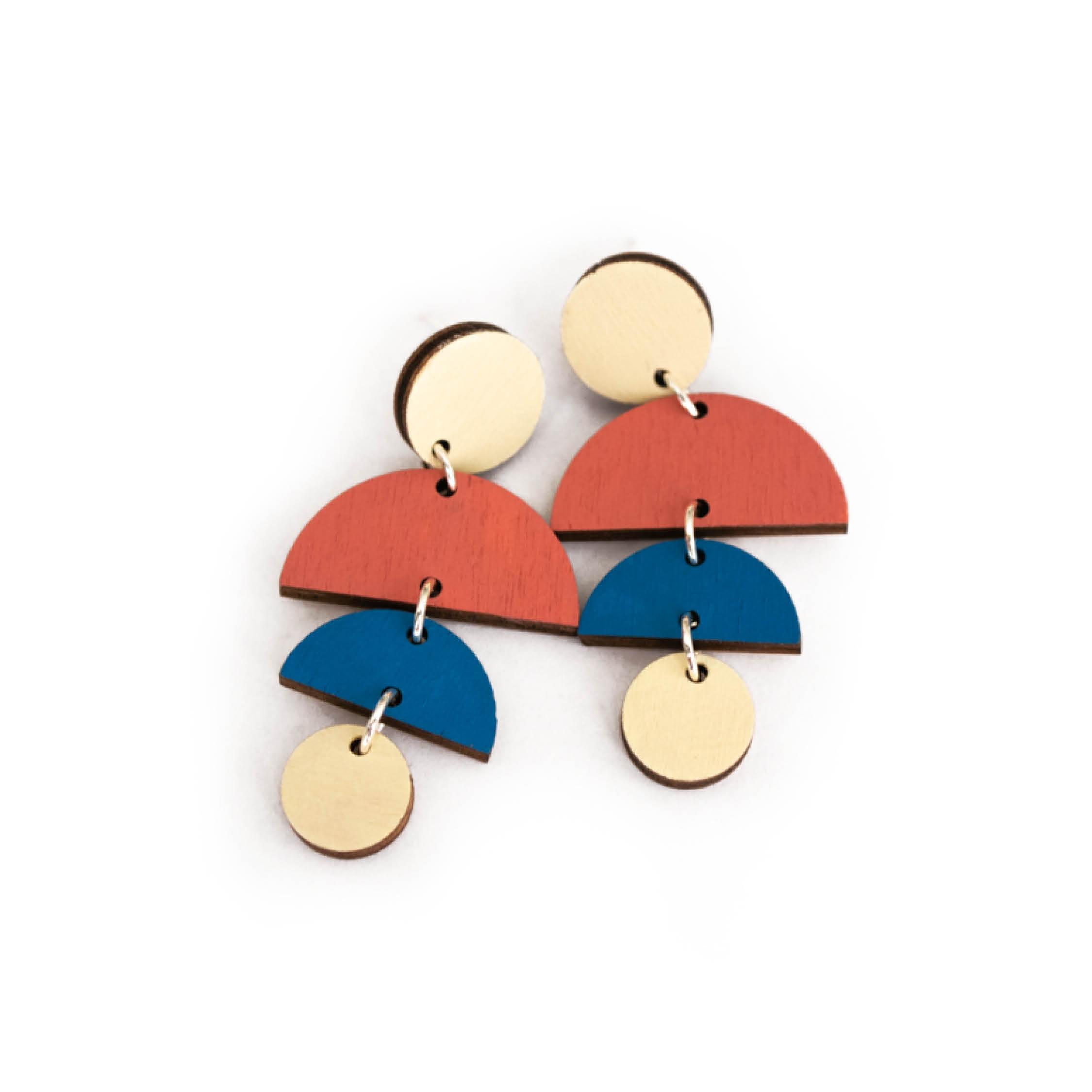 Handgemaakte sieraden van hout