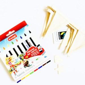 pakket om een vlaggenlijn te maken met textielstiften en bio katoen