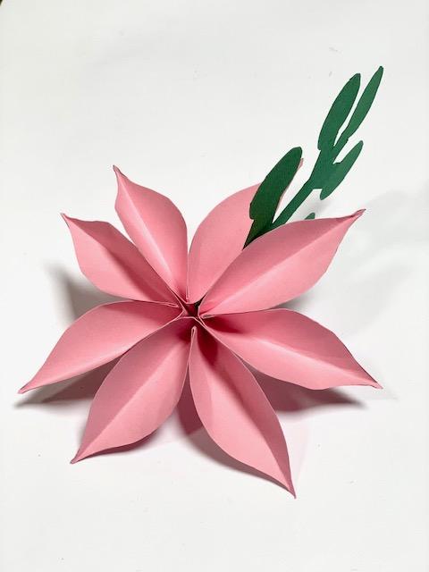 alle bloemblaadjes verlijmd met het bladgroen er tussen.