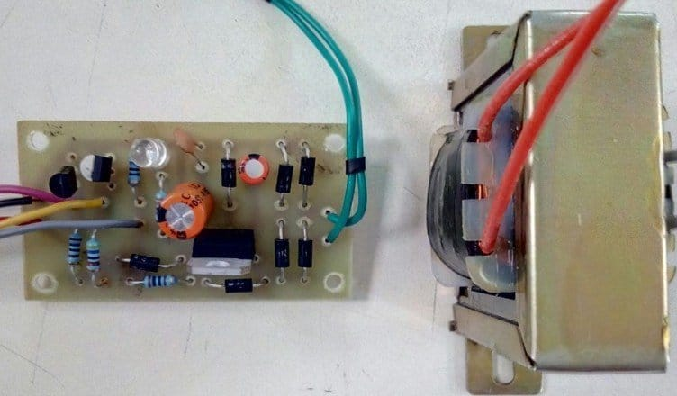Zero-Cross Detector Circuit using Transistor