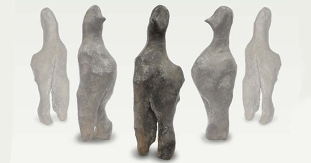 A strange bird-like statuette dated back to 5,000 BC