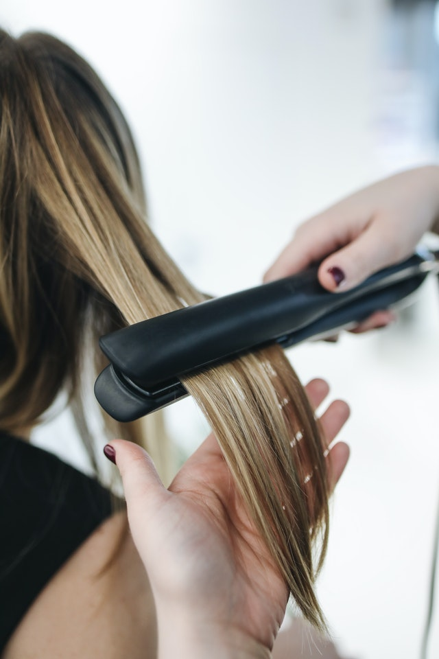 Infrared flat iron for hairs