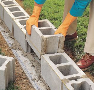 How to Lay Concrete Block6