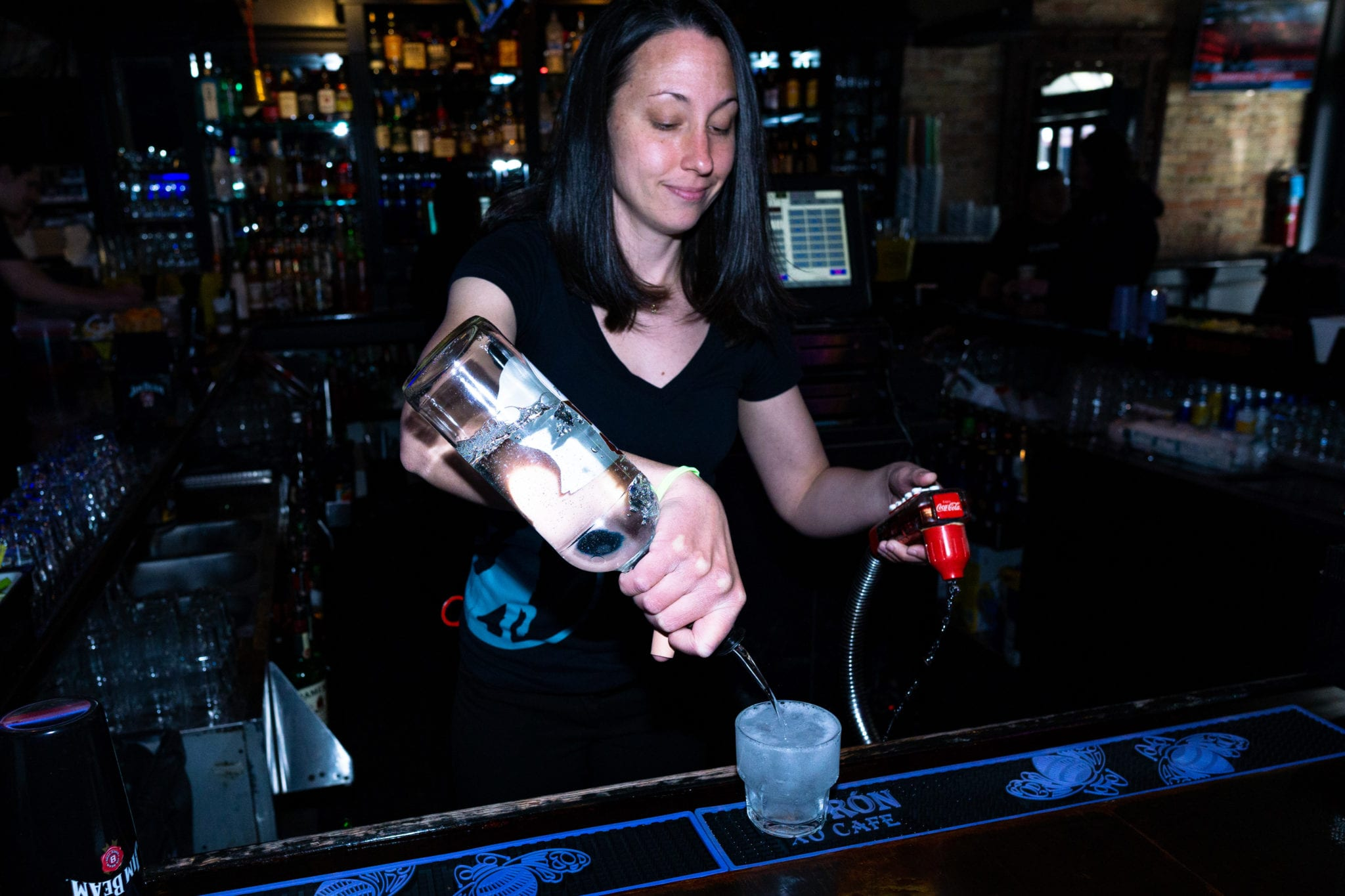 Best Midtown Houston Birthday Party Venues For Adults Private Party Spaces In Midtown Houston Fun Bars Howl At The Moon