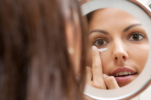 How to Get Rid of Dark Circles under Eyes Naturally