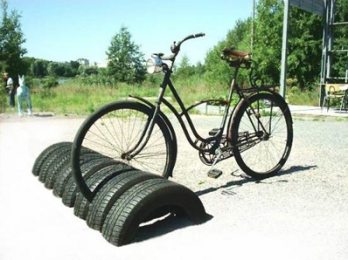 Cycle Stand made with recyled tyres