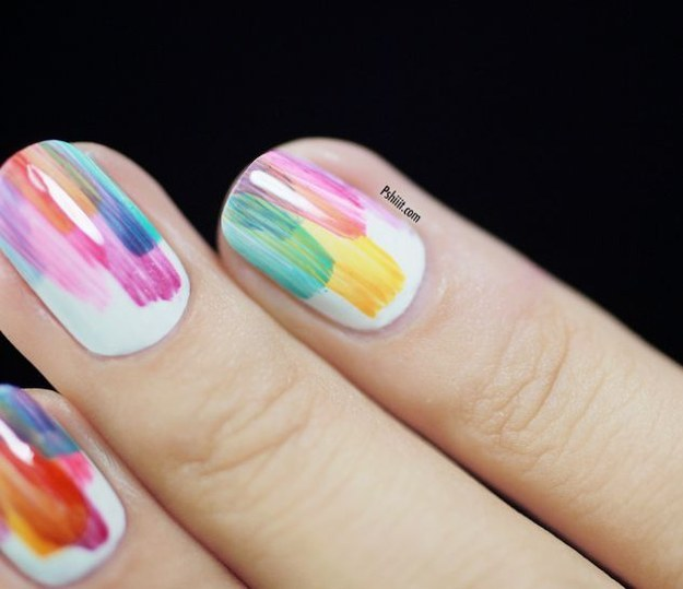 Random splashes Nail art