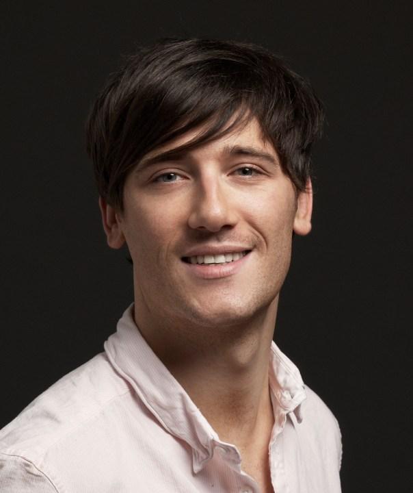Warren Holmes hair stylist