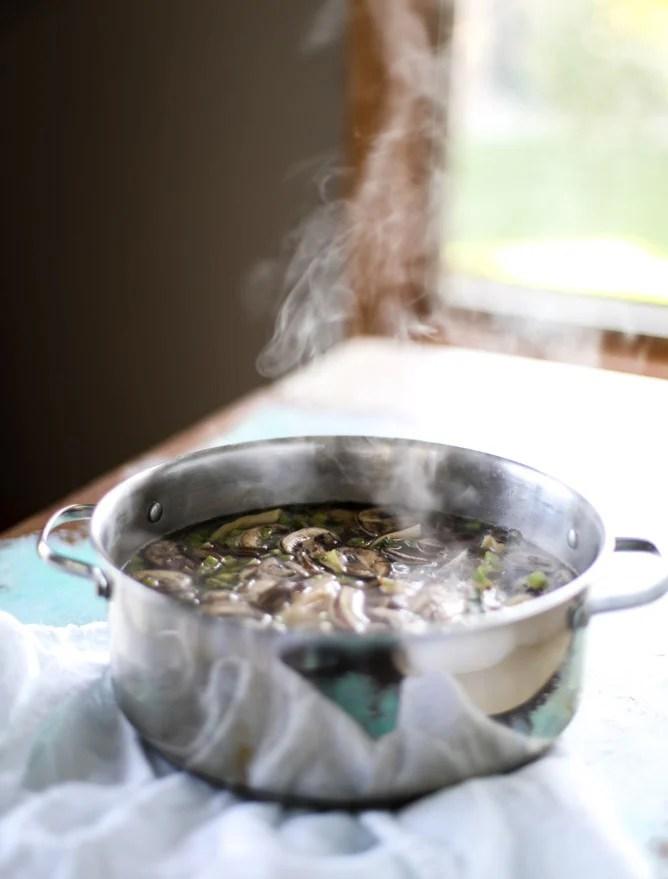 butternut squash wonton soup I howsweeteats.com
