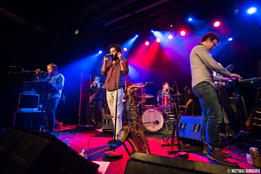low light concert photography tips