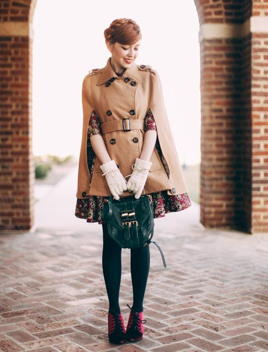 retro-cape-outfit
