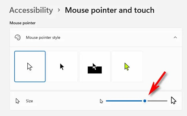 """Use the """"Size"""" slider to make your mouse cursor larger or smaller."""
