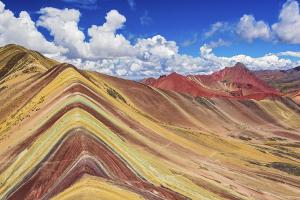 Rainbow Mountain - top 10 must see places Peru