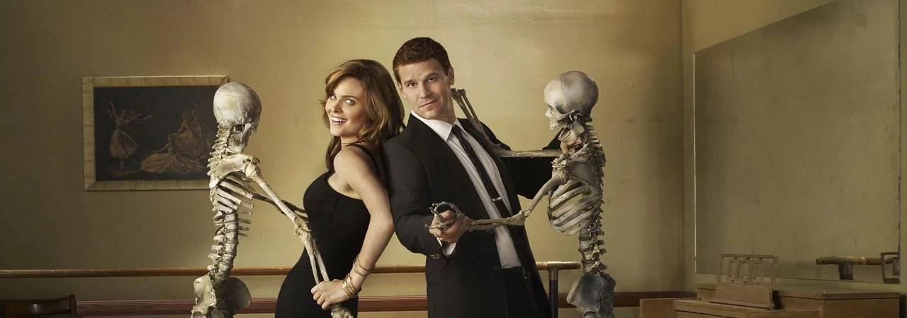 When do bones and brennan start dating
