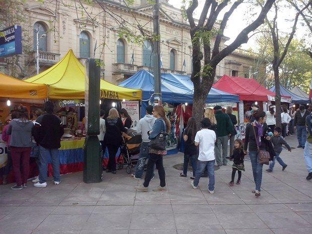 Gastronomía del mundo en Plaza San Martín