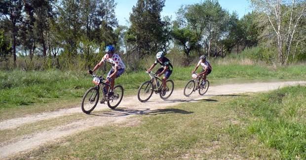 Ciclismo, club estudiantes mercedes, sub comisión de ciclismo, rural bike