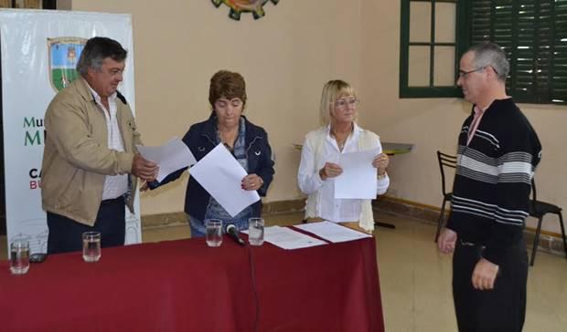 Municipio renueva posesión precaria de terrenos a 26 familias