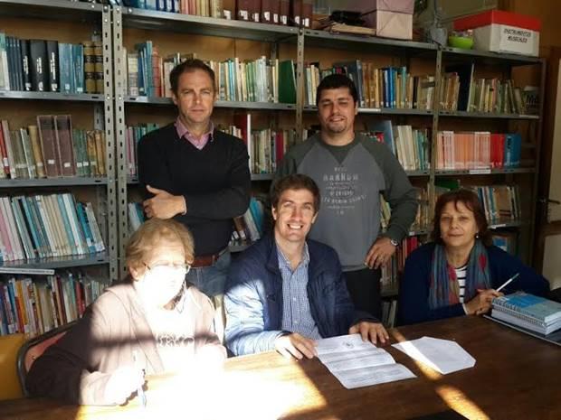 Ustarroz gestiona subsidio de la Fundación Banco Nación para el ISFDYT 7 en un nuevo apoyo a la educación