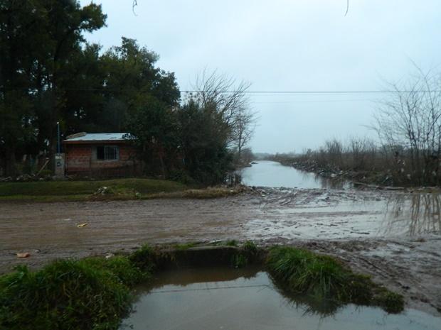 620-inundacion-13.08.15-mercedes004