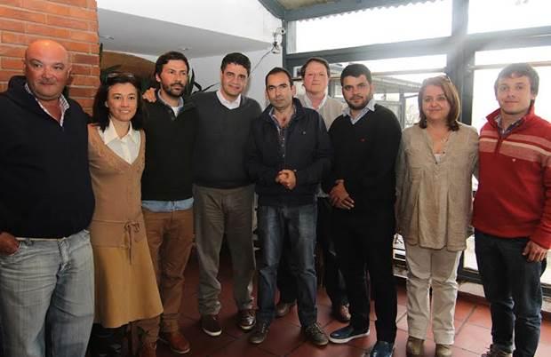 Lucas Fal en Vicente López junto al equipo de Jorge Macri