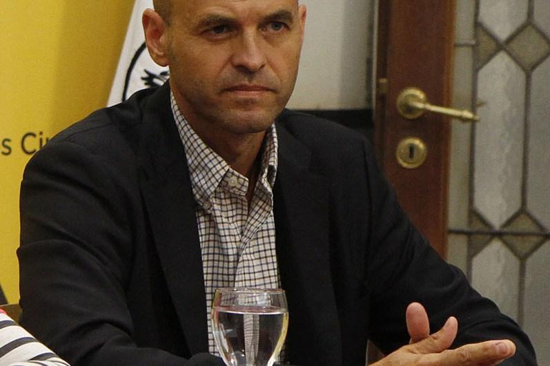 Ministro Dietrich recibirá vecinos que reclaman por las rutas regionales
