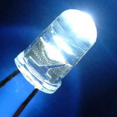 Solicitan iniciar proceso de cambio de luminarias a sistema led
