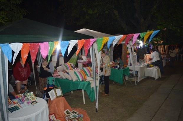 Convocan artesanos para participar del «Verano en las plazas»