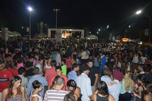 Fiesta Nacional del Durazno, un éxito de participación