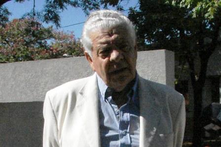 El Dr. Portesi destacó la relación entre Alfonsín y los políticos mercedinos de todos los partidos