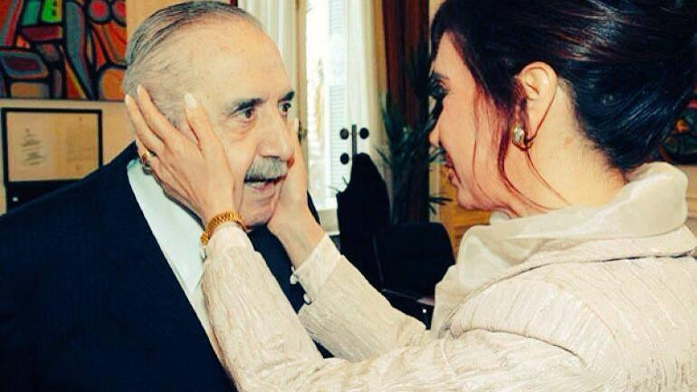 De Pedro recordó a Alfonsin: «Mi recuerdo a un hombre coherente y valiente»