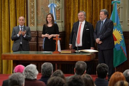 Juraron los nuevos Ministros bonaerenses