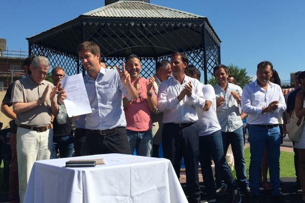 En Escobar representantes del peronismo firman acta por 24 de marzo y 2 de abril