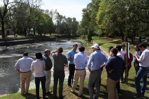 Integrantes del Banco de Desarrollo de América Latina recorren la Cuenca del Río Luján
