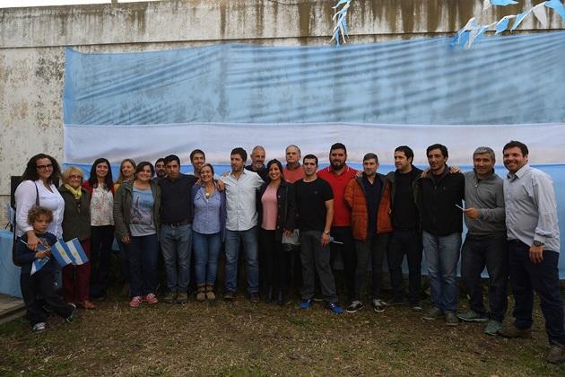 «Unidad Ciudadana» presentó sus candidatos acompañados de un gran marco de público