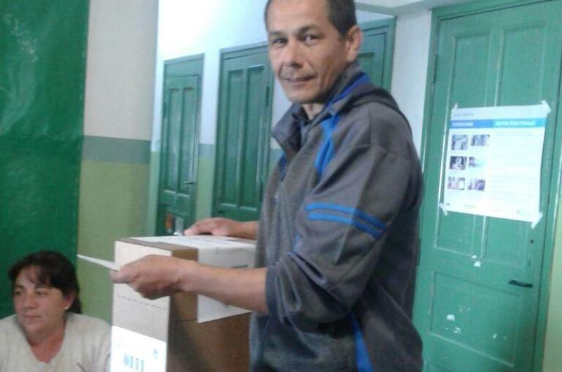 "Valenzuela: ""La jornada electoral viene muy bien"""