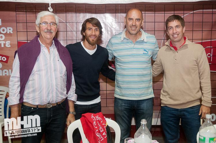 Leo Ponzio estuvo en una cena a beneficio en el Club Quilmes (Galería de Fotos)