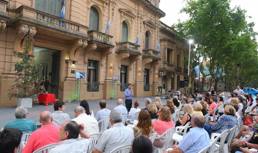 Brindis de fin de año entre Municipio e Instituciones con el compromiso de seguir trabajando juntos