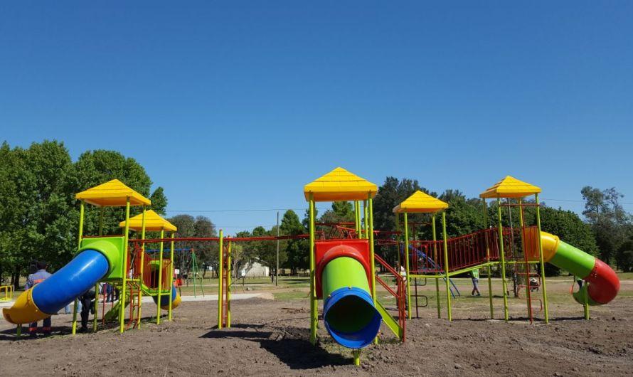 Ustarroz inauguró nueva plaza inclusiva en Parque Municipal