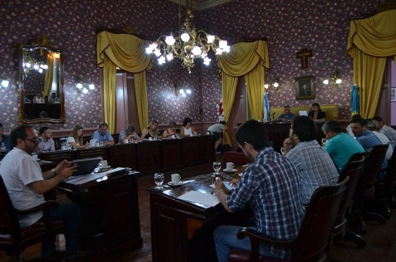 En la primera sesión aprobaron la cesión del predio al Club Unión